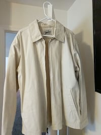 Mens Large jacket. Fits like XL. Mount Airy, 21771