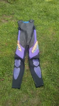 Used Wetsuit bottoms (Large) for sale in Vancouver - letgo