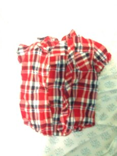 black, red, and white plaid buttons-up shirt