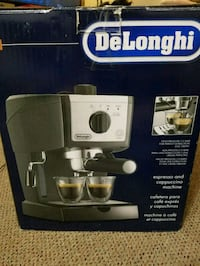 Delonghi Espresso and Cappuccino Machine! London, N5V 1A6