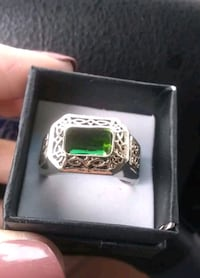Gorgeous Man's Emarald Crystal, Wtgfilled/YGoldfilled Ring sz11..$45 Albuquerque, 87112