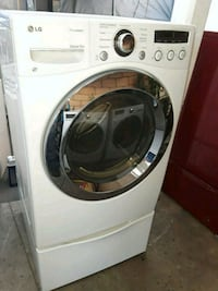 white LG front-load clothes washer Vista, 92084