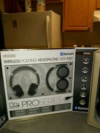 two white and black wireless headphones boxes Jacksonville, 32207