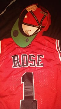 red and white Chicago Bulls 23 jersey 1961 km