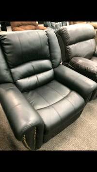 black leather recliner sofa chair Temple City, 91780