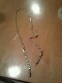 silver chain necklace with lobster lock Surrey, V3S 2T3