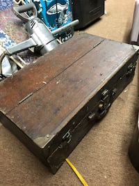 Old Wooden Carpenters Toolbox w/ drawer Newtown Square, 19073