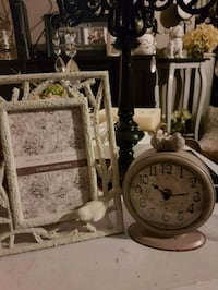 NEW frame and clock set Whitby, L1N 8X2