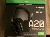 Astro A20 Wireless Headphones for X-Box and Windows 10   Toronto, M5V 3Y5