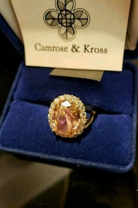 gold-colored ring with clear gemstones 2316 mi