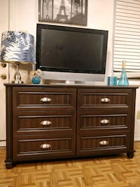Nice dresser/TV stand with 6 drawers in great cond Annandale, 22003