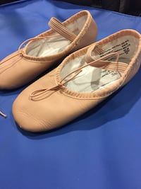 BALLET SLIPPERS Size 10 1/2. Worn once. Mississauga, L5L 3H7