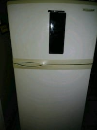 KitchenAid fridge Hamilton, L8E 3M8