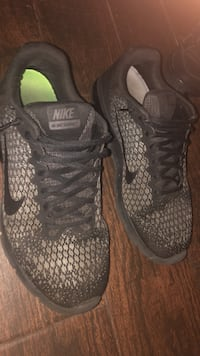 pair of black-and-gray Nike running shoes Gilbert, 85234