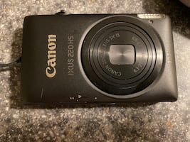 Canon digital camera 12 megapixels