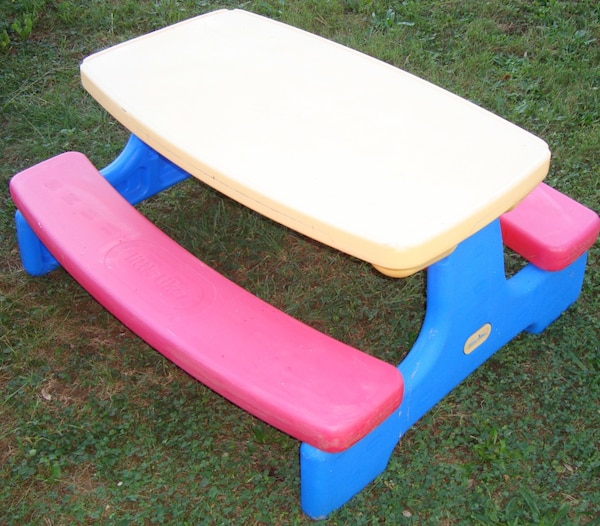 Used Children S Yellow Blue And Red Little Tikes Plastic