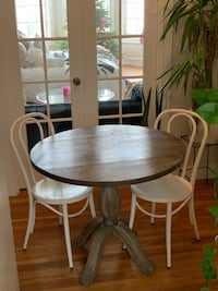 Studio kitchen table and chairs  San Francisco