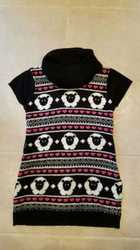 Girl's sweater dress.  Size M Springfield, 22153