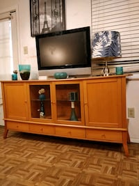 Nice wooden buffet/ TV stand  for big TVs with 4 drawers, cabinets and Annandale, 22003