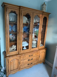Thomasville french provincial china cabinet hutch breakfront buffet Kensington, 20895