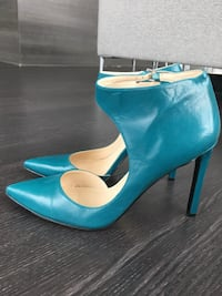 Size 9 Stiletto Pumps Heels Mississauga, L4Z 1N9