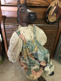 Beautiful Vintage Horse. China Doll.