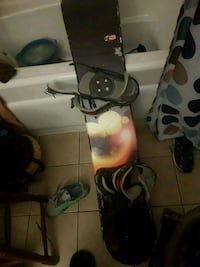 Snowboard it's in good condition
