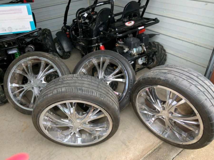 Photo Set of 4 20 inch Rims and Tires