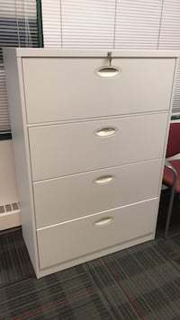 4 drawer file cabinet -steelcase Mississauga