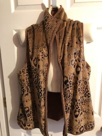 Faux fur vest Woodbridge, 22192