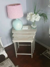 Gorgeous  antique  nesting  tables  Whitby, L1N 8X2