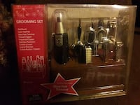 New Grooming set with wooden stand. Laredo, 78040