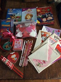 ALL for$3/ 100 +Valentines /Foam Stickers/Pencils/Notebooks /Headband/Puzzles l/Banners Reading, 01867