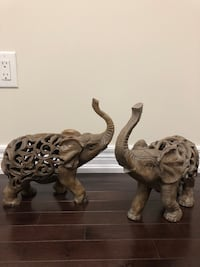 "14"" two ceramic decortive elephants Vaughan, L4K"