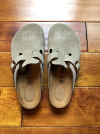 Birkenstock Womens Clogs Size 8-8.5 Color Taupe Worn only once Warwick, 10990