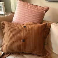 2 country style large decorative pillows Dallas, 75254