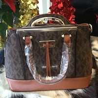 Beautiful 2 in 1 purses  Hamilton, L8W 3H2