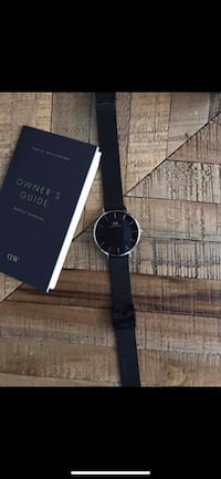 Daniel Wellington watch / women / like new Montréal, H3G 1B7