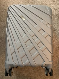 Aerolite Silver 4-wheel Hard Shell Carry-On Suitcase Arlington, 22203