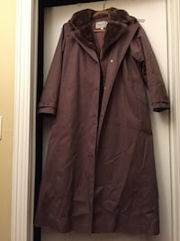 Ladies size 12 mauve coat with removable lining. Hamilton, K0L 1E0