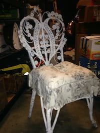 Beautiful, one of a kind, Victorian White Wicker Chair!! Sterling, 20164