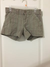 Size 7/ pattern shorts Pointe-Claire