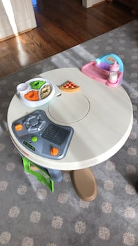 Fisher-Price Servin' Surprises table with accessories