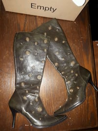 Real studed leather boot size 7 London, N5W 5E4