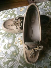 pair of brown leather boat shoes New York, 10468