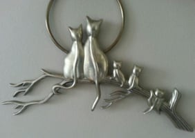 Wall Mounted Brass 5 Cats In The Tree