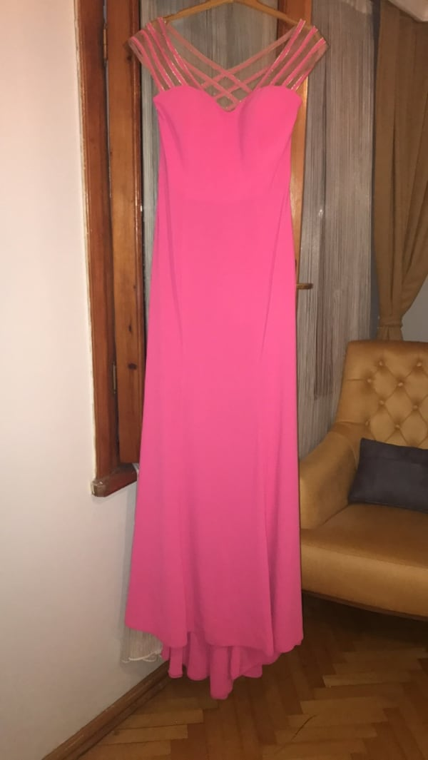 38 beden couture elbise 2a6ac230-0391-4a90-ac3a-ee8786a95def