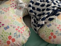 Boppy pillow with extra cover Jacksonville, 28540