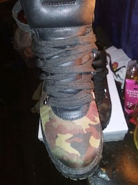 Steve madden. Hiking / combat boots