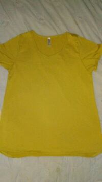 yellow v-neck shirt Zebulon, 27597
